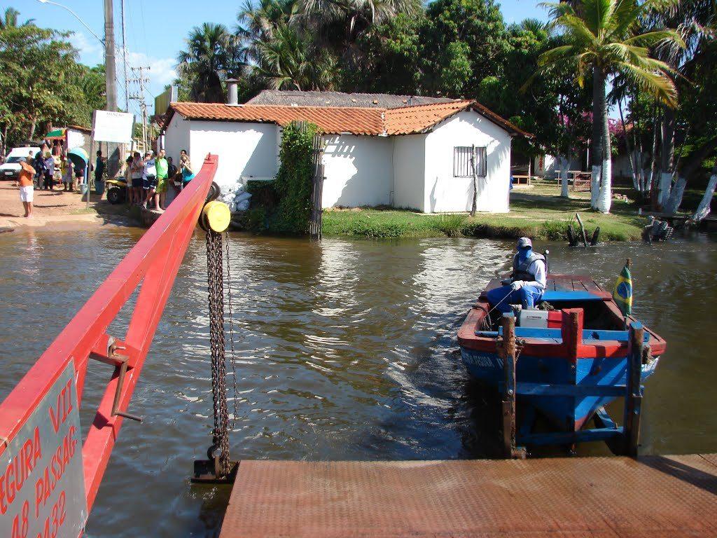 boat-barreirinhas-lencois-maranhenses